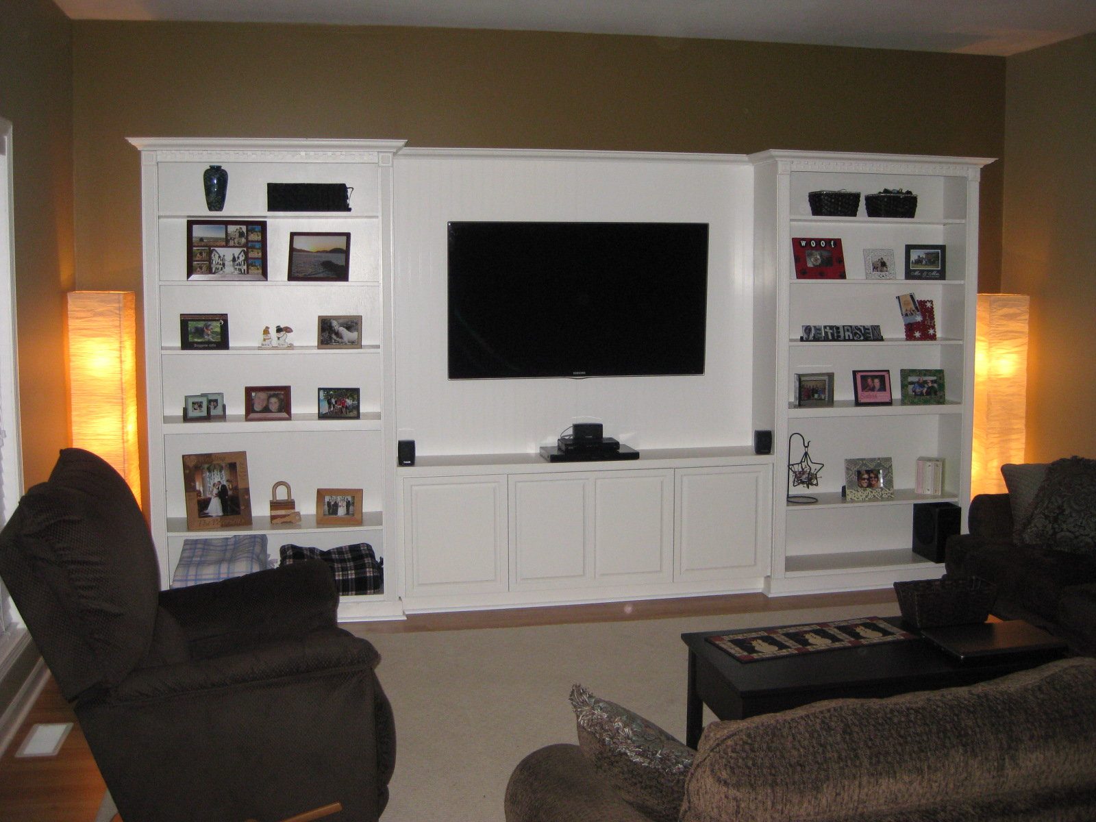 how to build an entertainment center plans